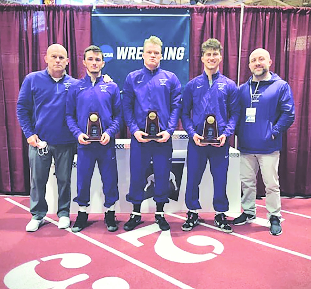 2016  Adams-Friendship graduate Trenton McManus once again qualified for the Division II National Championships. Now wrestling as a collegiate...